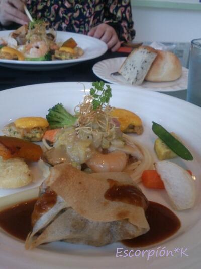 lunch83.jpg