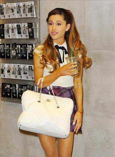 Ariana_Grande_131114_03.jpg