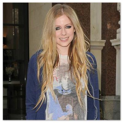 Avril_Lavigne_130610_01.jpg