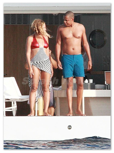 Beyonce_130910_01.jpg