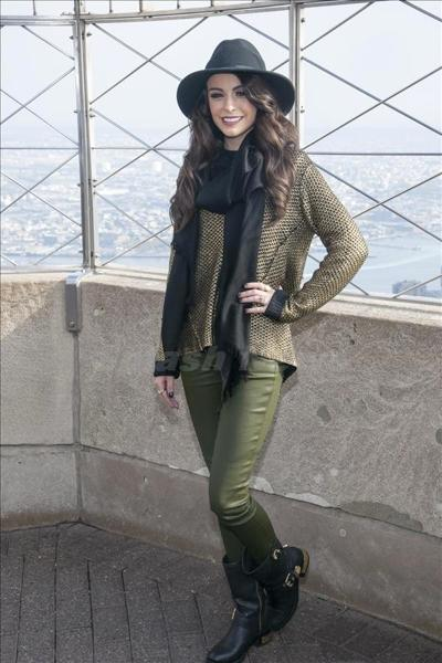 Cher_Lloyd_131023-02.jpg