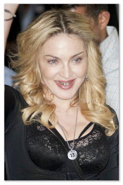 Madonna_130826_02.jpg