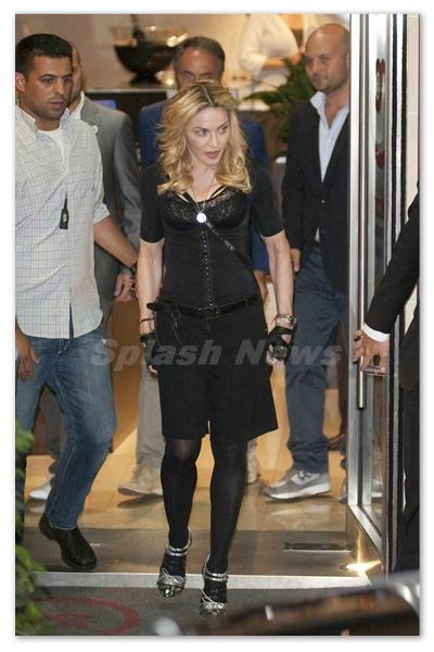 Madonna_130826_04.jpg