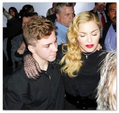 Madonna_130929_04.jpg