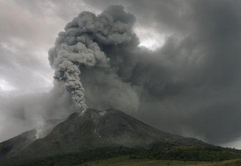 1605_16_volcanoシナブンAugust 31, 2010