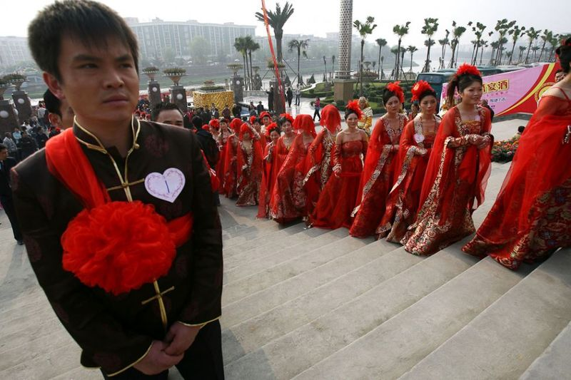 wedding_ceremonies_around_the_world_offer_a_colorful_lens_11.jpg