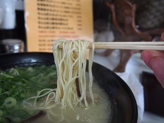 sーこつ骨麺P7282451