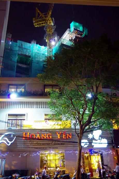 2013.01.02Hoang Yen5
