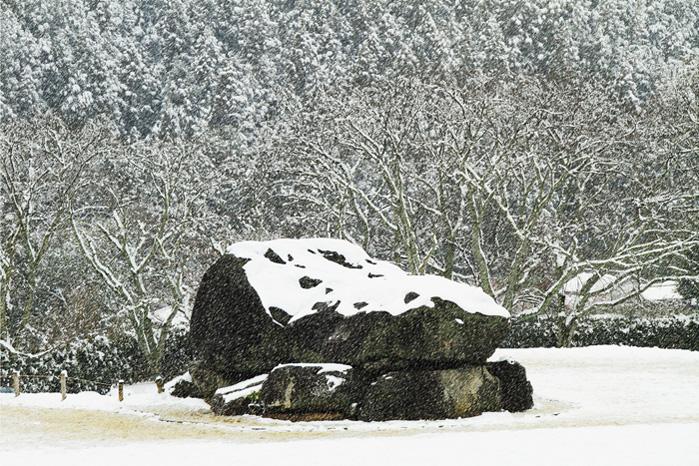 110211c雪の石舞台