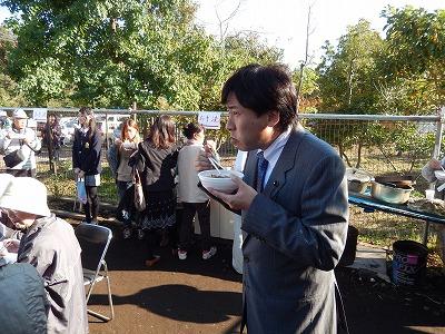 20131116木村市議収穫祭10
