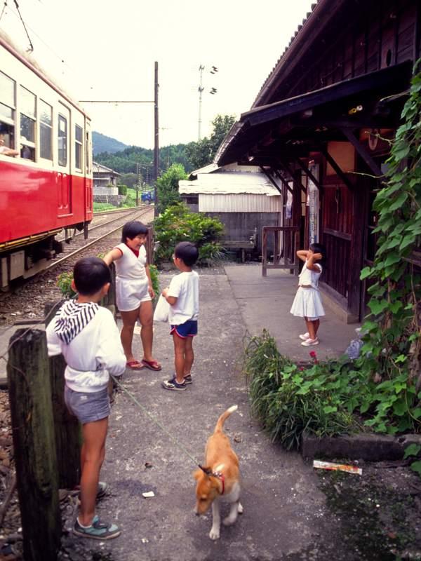 ohigawaeki19881b.jpg