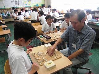 ノートルダム学院小学校将棋クラブ 002