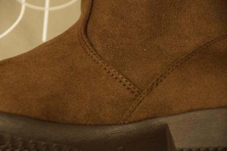 ラクチンきれいブーツ 縫製もしっかりしています。