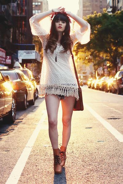 tawny-swedish-hasbeens-boots-off-white-sheinside-dress_400.jpg