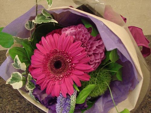 土曜日には花を買って