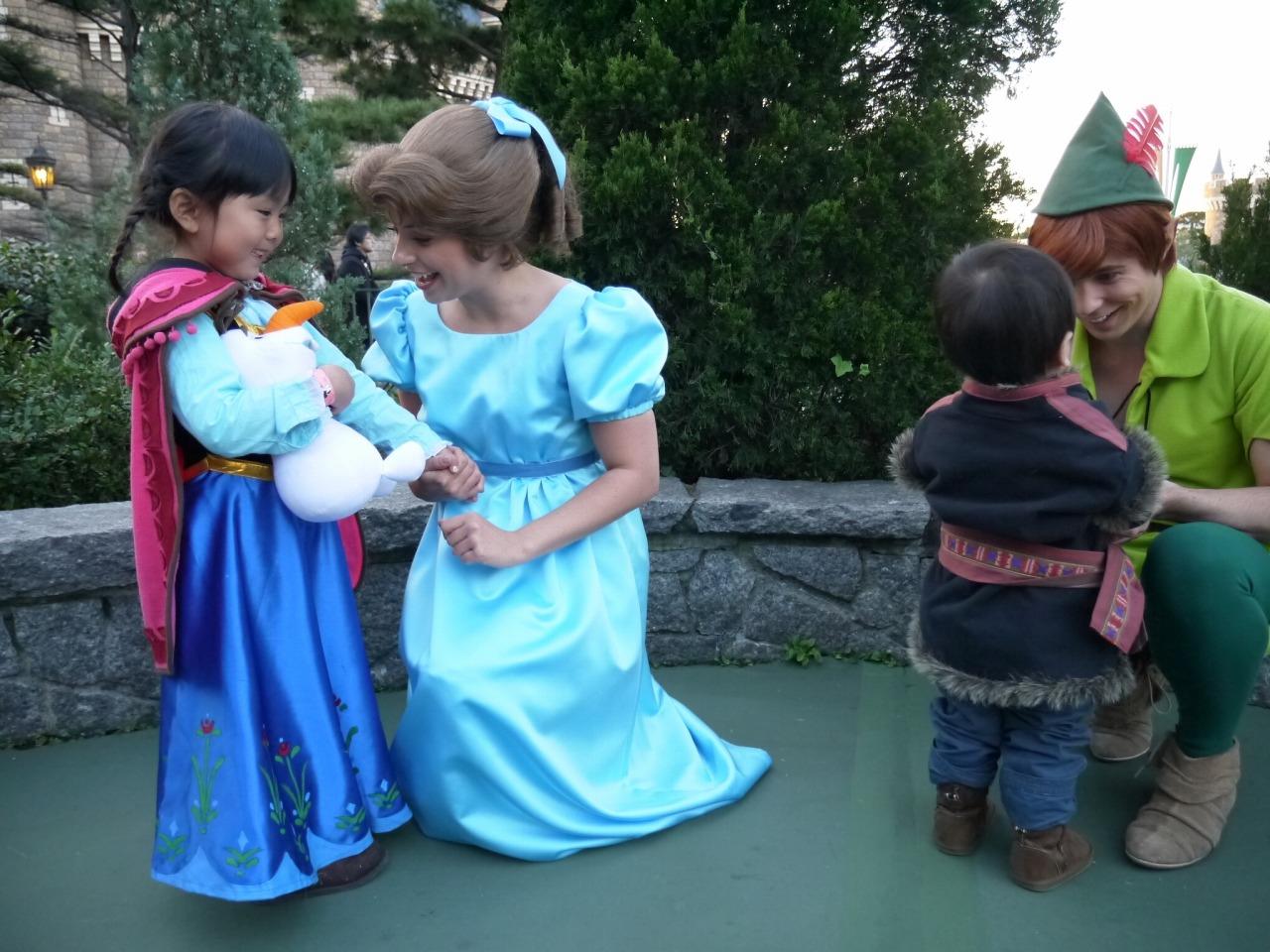 しあわせ手作りこども服 Frozen アナと雪の女王