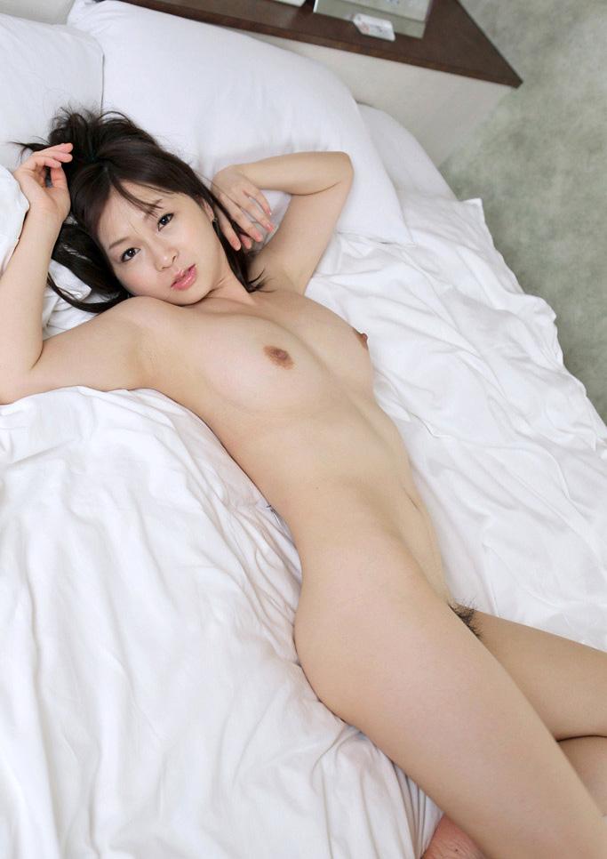【No.18854】 オールヌード / 羽月希