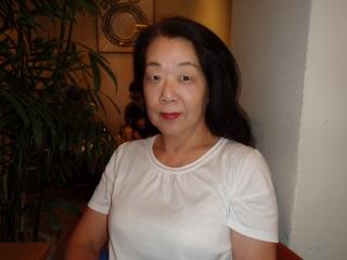 久保律子さん (320x240)