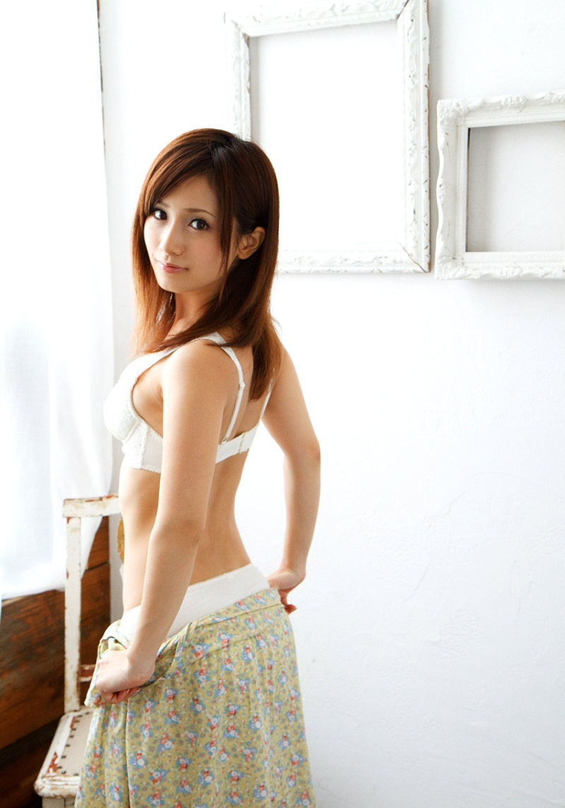 ヌード 背中 画像 11