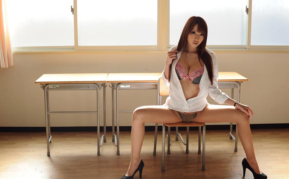 木下若菜 Gカップボディエロ女教師の誘惑と教室での情事 エロ画像61枚 | えっちなお姉さん。