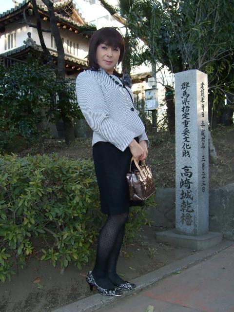 080216高崎スーツ(1)