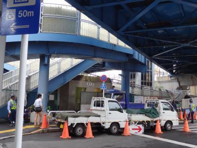 「南千住駅前歩道橋」の工事