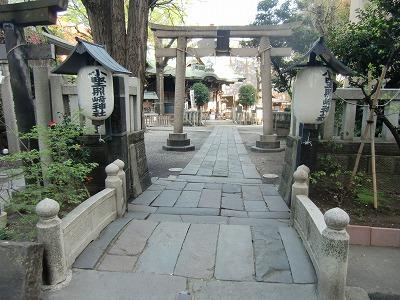 小野照崎神社 入口