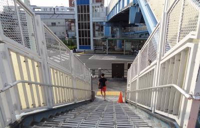 南千住駅前歩道橋工事完了2013/07/02