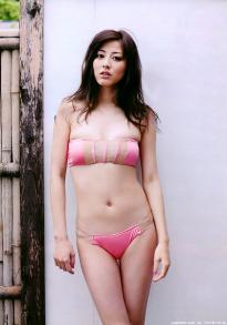 sugimoto_yumi_g166.jpg