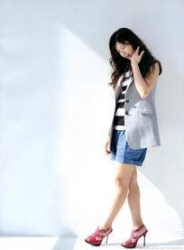 yoshitaka_yuriko_g021.jpg