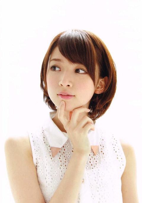 橋本奈々未 小顔でかわいい画像