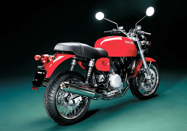 GT10002.jpg