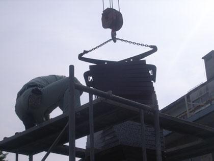 山形工業モニュ取付-07