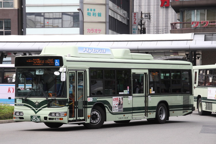 京都市バス 京都200か2526 日野 LJG-HU8JMGP