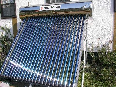 太陽熱温水器の真空管パイプの差し込み