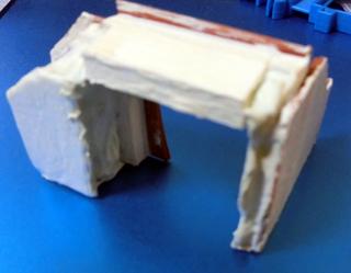 溶きパテを塗って乾かしたトンネル部品