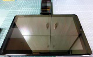 スマホに変わって使用しているガラ携とタブレット端末