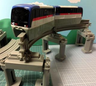 「東京モノレール2000形セット」2000形車両 組立例①