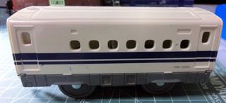 リサイクル戦利品のN700系新幹線の中間車 ①