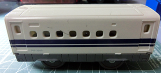 リサイクル戦利品のN700系新幹線の中間車 ②