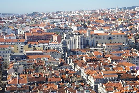 スペインの隣国リスボンがクレヨンしんちゃんのパパにそっくりと話題に