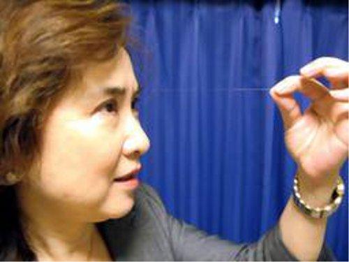どこまで伸びるの?世界一眉毛が長い日本人
