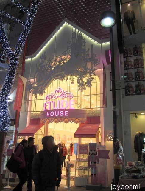 etude house_エチュードハウス_明洞1号店_201312(1)