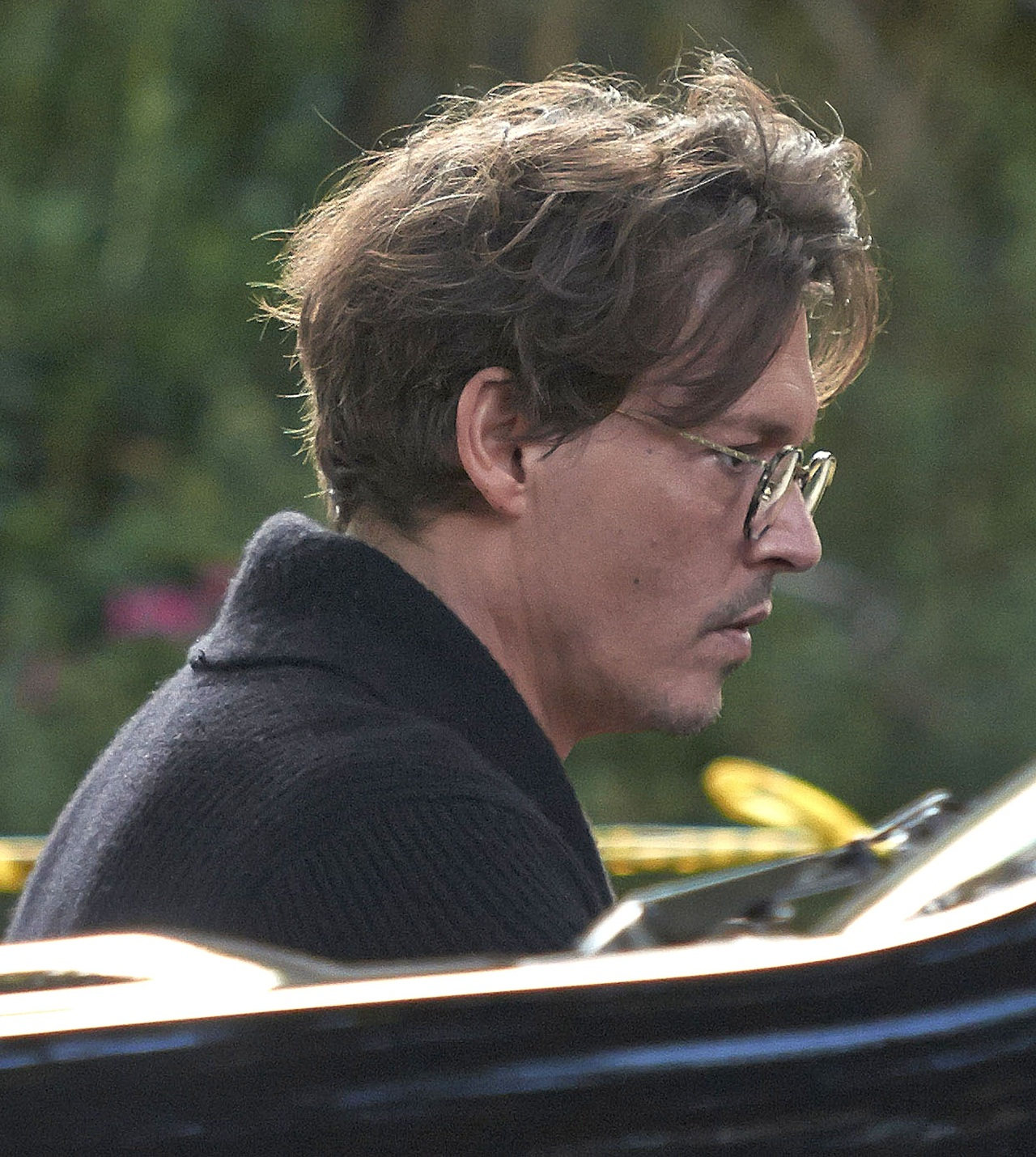 Johnny-on-the-set-of-Transcendence-Day-2-johnny-depp-34379388-1280-1430.jpg