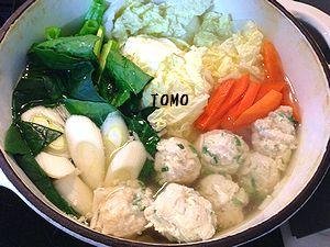 しゃきしゃき鶏肉団子鍋