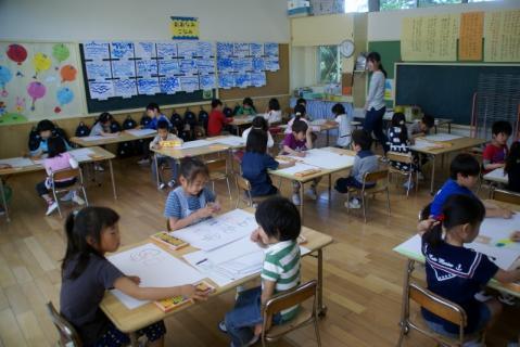 2006-12-16 25年度遠足絵画 002 (800x534)