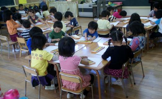 2006-12-16 25年度遠足絵画 017 (800x489)