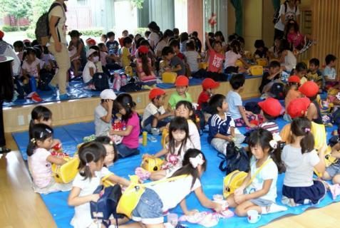 2007-04-10 25 年度四街道さつき幼稚園 041 (800x536)