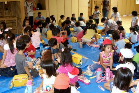 2007-04-10 25 年度四街道さつき幼稚園 044 (800x536)