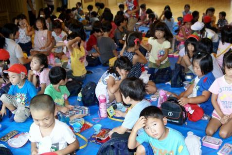 2007-04-10 25 年度四街道さつき幼稚園 045 (800x536)